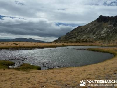 Lagunas de Peñalara - Parque Natural de Peñalara;pueblos abandonados en madrid;viajes tramuntana